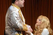 Opera Manon klade vysoké nároky na představitele hlavních rolí.