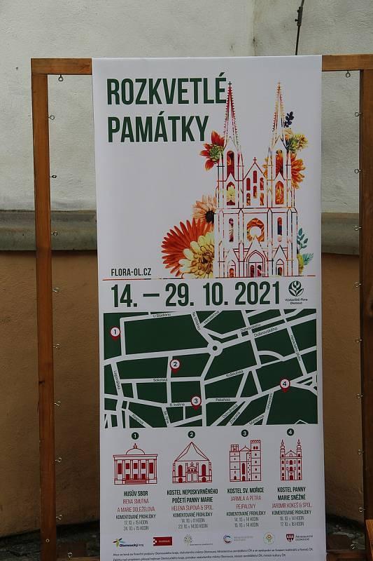 Akce Rozkvetlé památky je součástí podzimní Flory Olomouc. Kostely budou květinová aranžmá zdobit až do 29. října.
