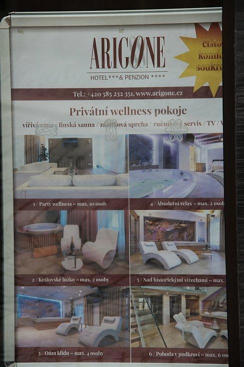 Hotel a penzion Arigone v centru města už přijímá první rezervace a hosty. Ti mohou využít také privátní wellness pokoje.
