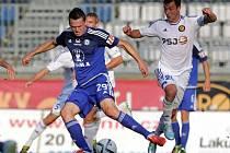 Tomáš Malec (v modrém)