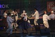 Ve Velké Bystřici se koná 28. ročník mezinárodního folklorního festivalu Lidový rok