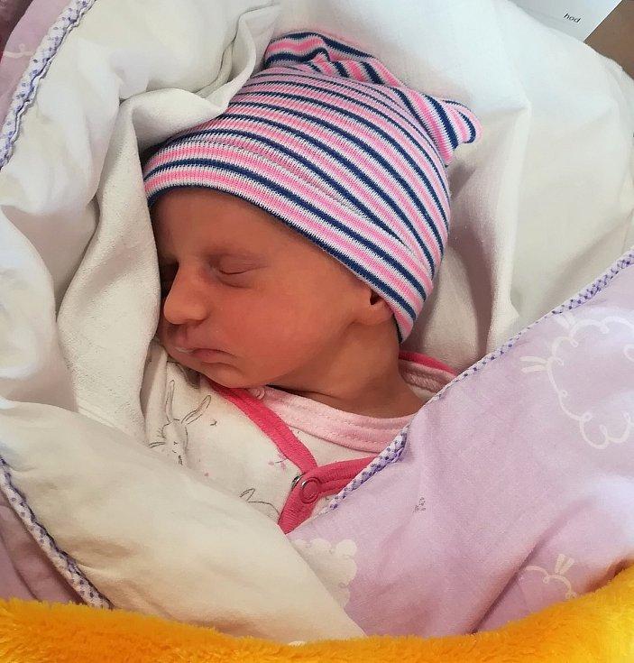 Marie Nová, Hranice, narozena 21. června 2020, míra 46 cm, váha 2180 g