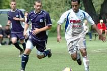 Michel Costa útočí