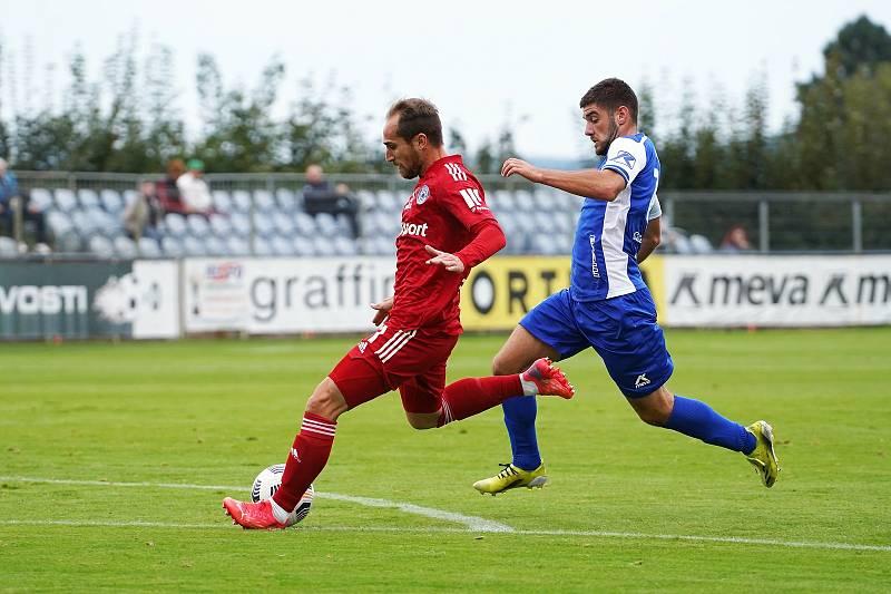Fotbalisté SK Sigma Olomouc zvítězili ve třetím kole MOL Cupu ve Vlašimi 2:1. Pablo González (v červeném).