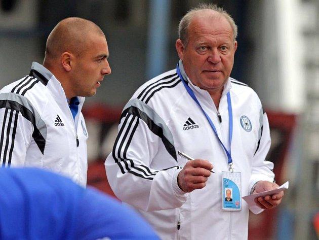 Leoš Kalvoda (vpravo) a jeho asistent Pavol Mlynár