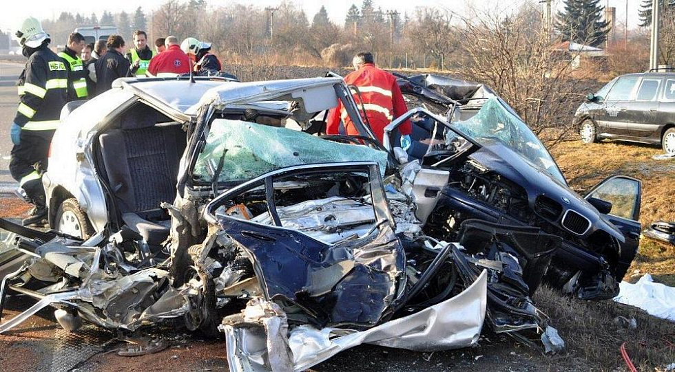 Tragická nehoda na R46 v Prostějově, při které zemřelo šest lidí