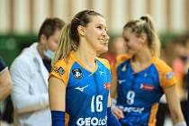 Olomoucké volejbalistky (v modro-oranžové) porazily v poháru Ostravu 3:1.