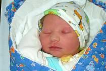 Vít Pěkný, Mohelnice, narozen 18. října ve Šternberku, míra 52 cm, váha 3690 g