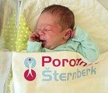 Petr Obšil, Pískov narozen 22. října míra 48 cm, váha 2970 g