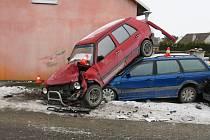 Nehoda autobusu mezi Šternberkem a Pasekou, 2. února 2021