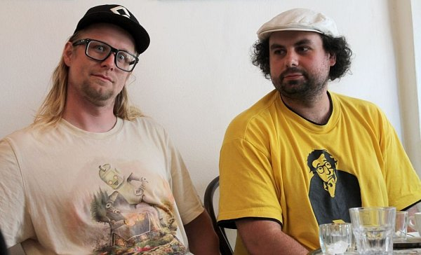 Výtvarník Petr Novák (vlevo) a scénárista Martin Šinkovský
