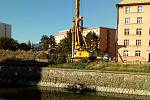 Začátek října 2018. Práce na protipovodňových stavbách u řeky Moravy v centru Olomouce
