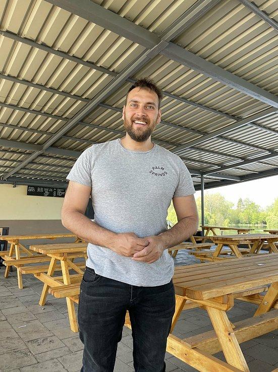 Provozovatel restaurace Terasa Jiří Holub, 12. května 2021