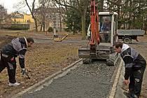 Rekonstrukce cest v Čechových sadech