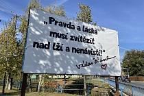 Billboard v Pasece.
