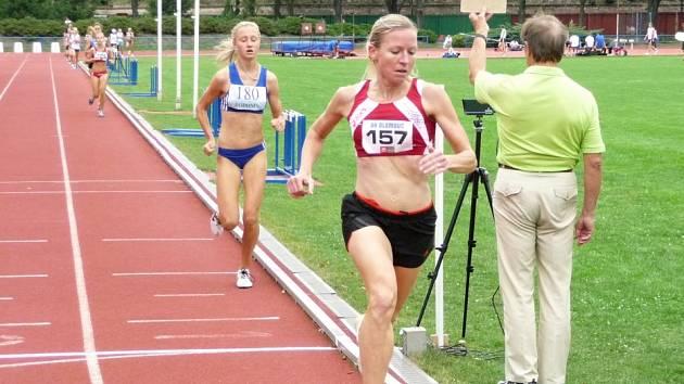 Kamínková zvítězila v bězích 1.500 m a 3.000m
