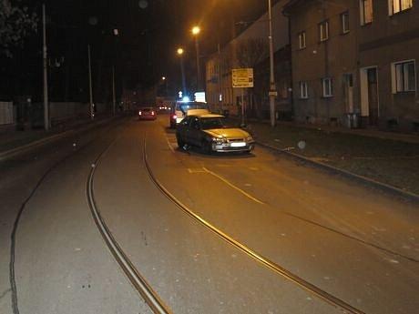Dopravní nehoda, která se stala ve středu 18.prosince vulici UPodjezdu vOlomouci