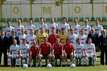 Týmové foto fotbalistů 1. HFK Olomouc před sezonou 2012/13