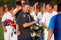Trenér Karel Trnečka slaví s výběrem Olomouckého kraje postup do domácího finále Region´s Cupu