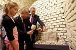 Slavnostní otevření expozice Příběh kamene ve sklepení bývalé jezuitské univerzity v Olomouci