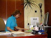Milena Vrbková z oddělení majetku zaměstnance zatím uklidňuje, ale právě její odbor zažije největší změny.