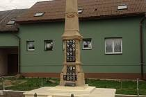 Ve Střeni kompletně zrekonstruovali pomník obětem světových válek