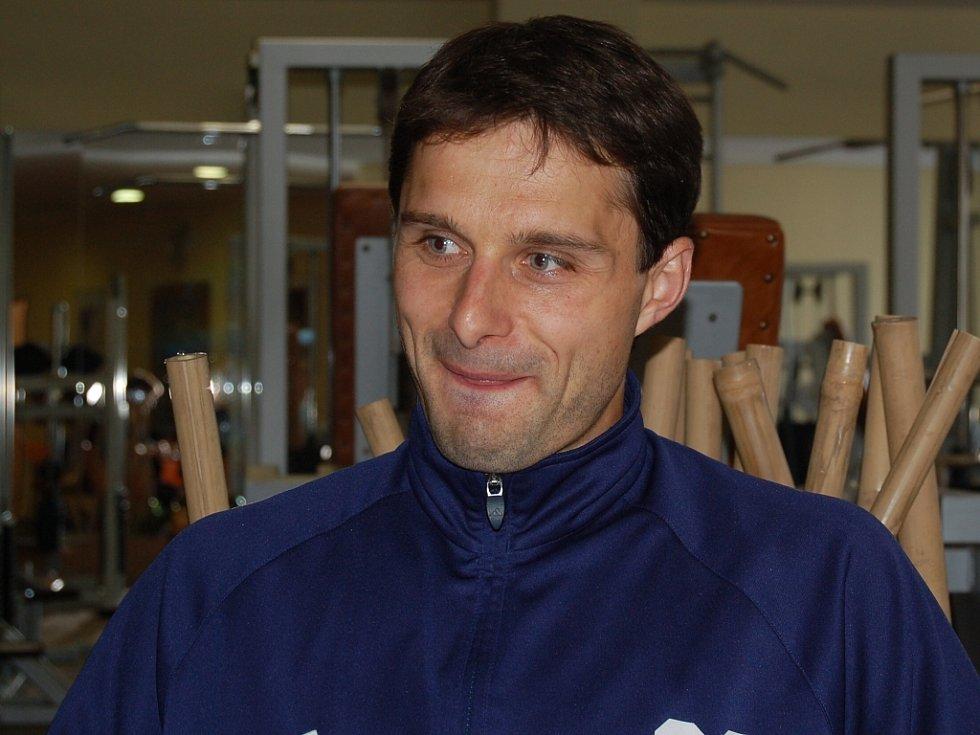 Útočník Dawid Banaczek.