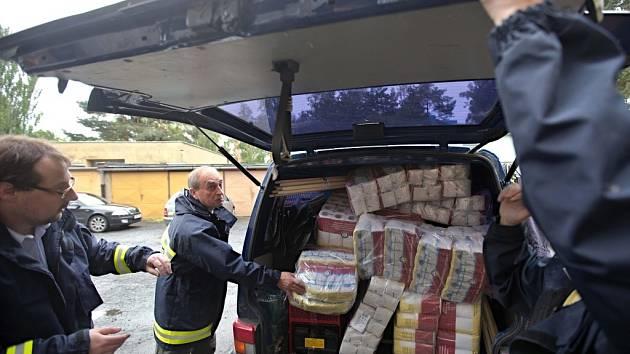 Humanitární pomoc z Olomouce pro zaplavené Kralupy nad Vltavou