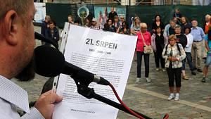 Připomenutí okupace 1968 na Horním náměstí v Olomouci.