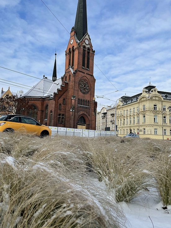 Ledovka a sníh v Olomouci, 8. února 2021