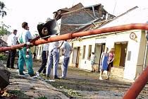 Litovel po řádění tornáda v červnu 2004