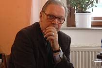 Filmař Krzysztof Zanussi vystudoval fyziku.