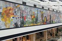 Obří společná malba ozdobila stěnu v obchodní galerii Šantovka