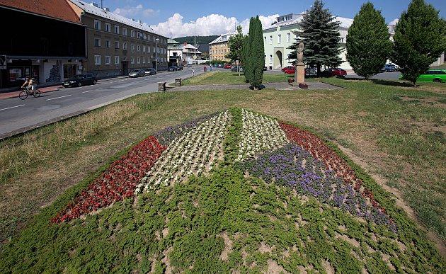 Květiny v barvě republiky.