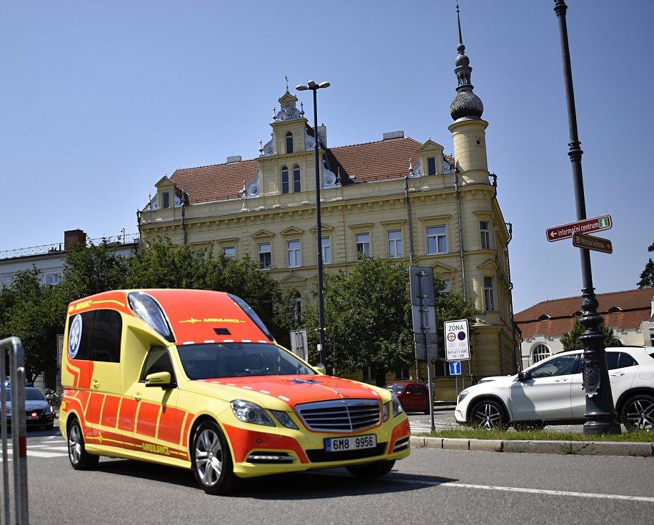 Světový pohár v cyklistice zavítal do Prostějova. Startovalo se přímo před radnicí. 7.8. 2020