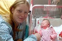 Prvním dítětem narozeným ve šternberské nemocnici v roce 2015 je holčička Karolína z Litovle