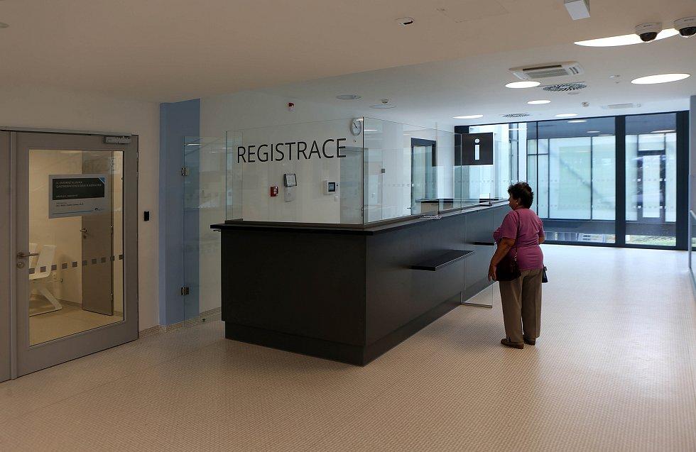 Slavnostní otevření II. interní kliniky gastroenterologie a geriatrie ve Fakultní nemocnici