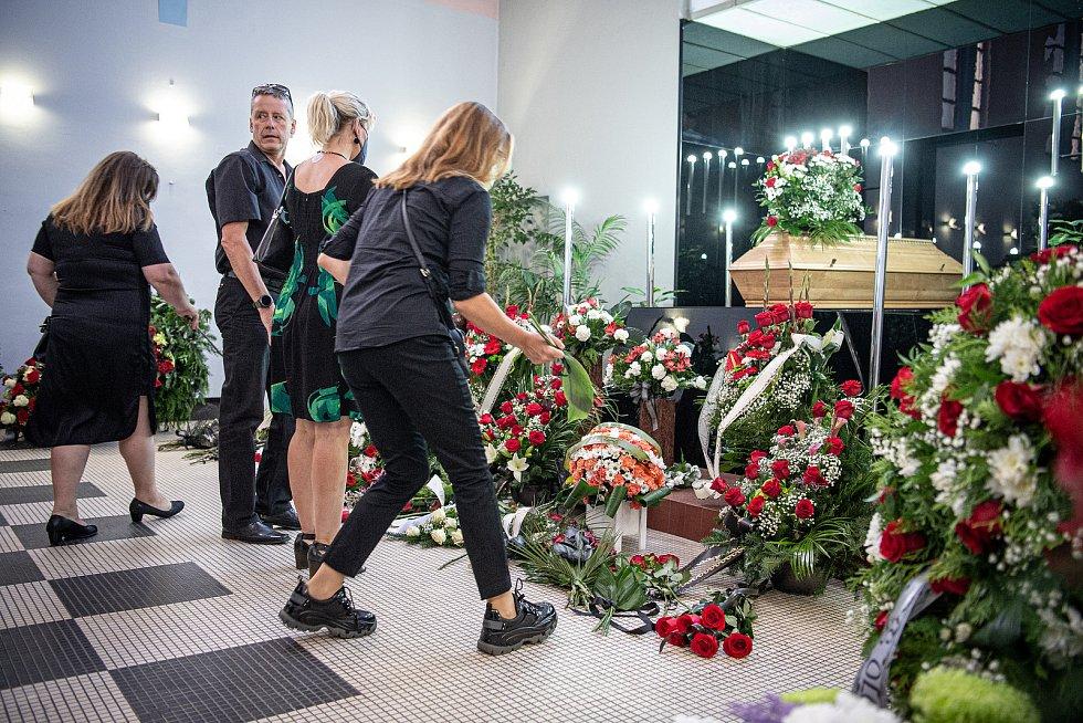 Poslední rozloučení s volejbalovým trenérem Jiřím Teplým v Olomouckém krematoriu, 9. září 2021.