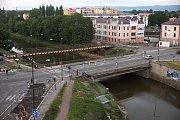 Olomoucký most přes Moravu u Bristolu. Přečkal II. světovou válku i povodně v roce 1997, teď jej čeká bourání