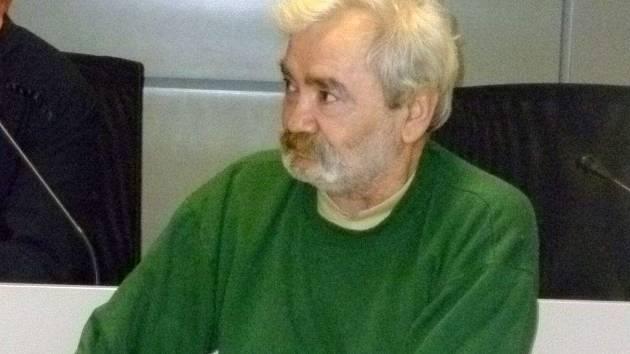 Obžalovaný Ján K. z Lipníku nad Bečvou u olomouckého soudu