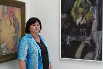 Na přípravě výstavy spolupracovala Stejskalova sestra Věra. Na snímku je i portrét druhé sestry Gabriely.