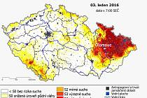 Mapa serveru intersucho.cz ukazující intenzitu sucha z 3. ledna 2016 - čím tamvší barva, tím extrémněji vysušená půda