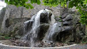 Zkušební provoz vodopádu v Bezručových sadech v Olomouci, 7. října 2021