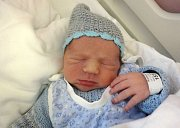 Rafael Rameš, Vikýřovice, narozen 29. ledna v Olomouci, míra 53 cm, váha 3390 g.