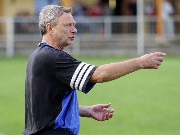 Trenér Karel Trnečka