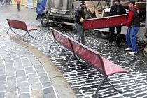 Nové lavičky na Horním náměstí v Olomouci
