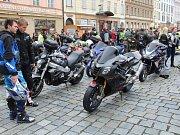 Motorkáři v centru Olomouce