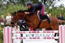 Vítěz Federico Ciriesi (It.) a Calida 46.Světový pohár v parkuru v jezdeckém areálu Equine Sport Centre v Olomouci