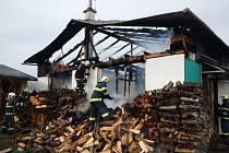 Požár stolařské dílny v Doloplazech