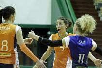 Olomoucké volejbalistky (v oranžové) porazily Frýdek-Místek 3:0.